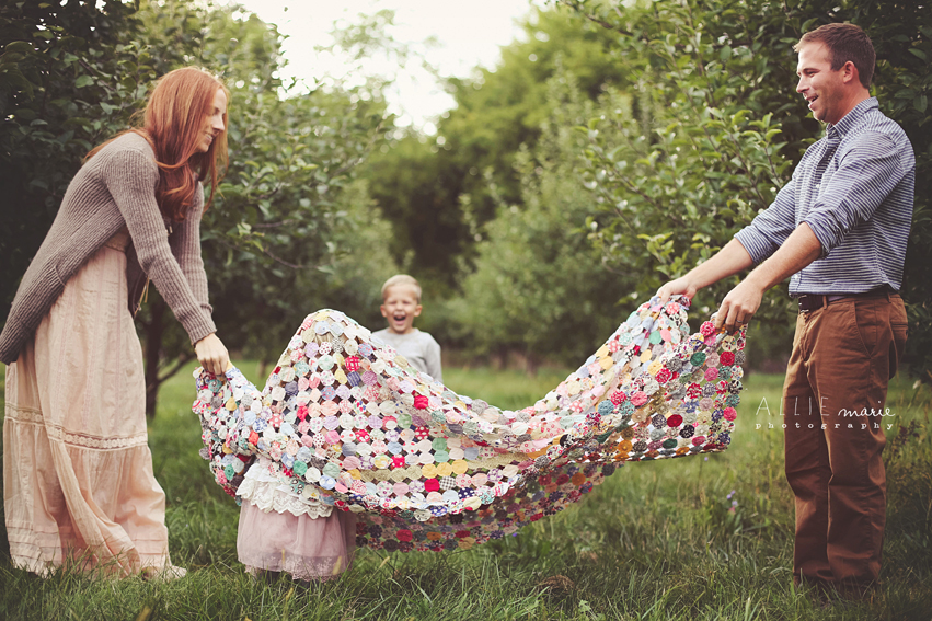 rts16 How to Capture Raw, Emotion filled Family Pictures