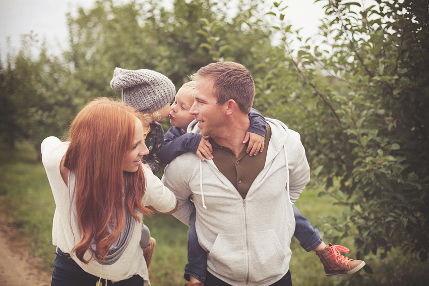 rts9 1 How to Capture Raw, Emotion filled Family Pictures