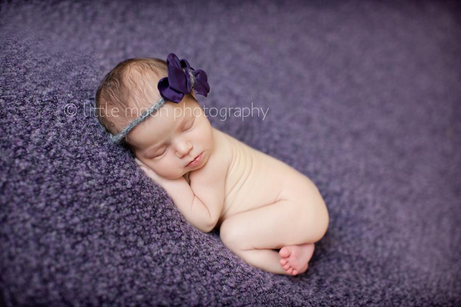 Newborn posing tips