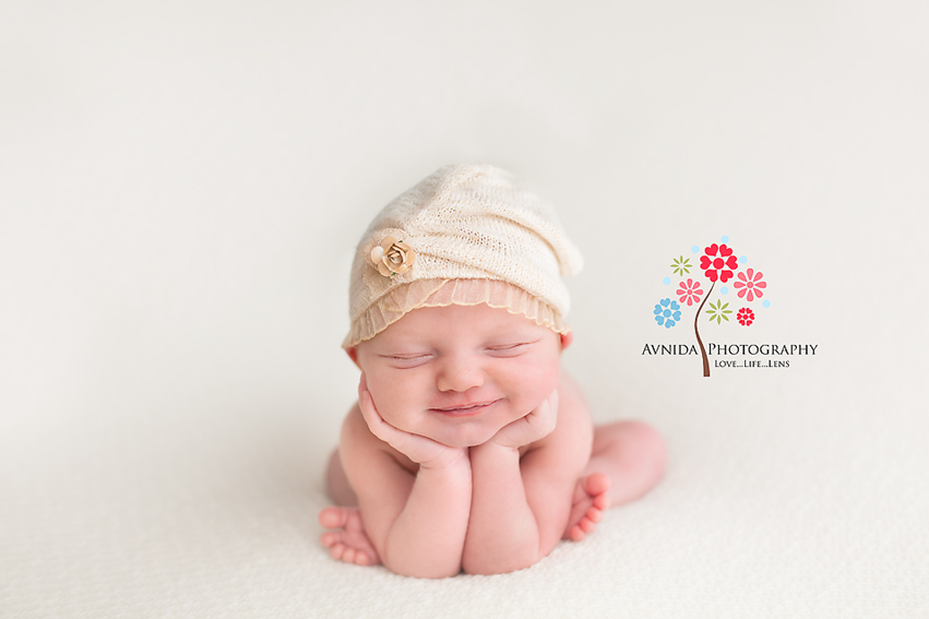 Newborn Posing Guide by Avnida Photography, Newborn Photographer NJ