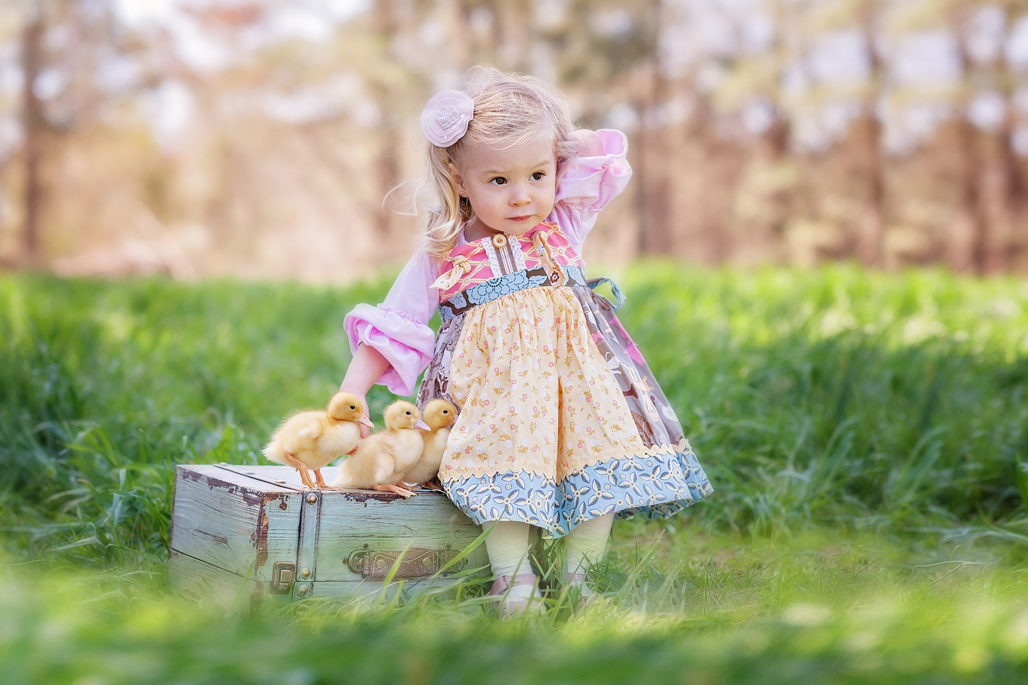 Girl-With-Ducklings-Freckled-Flower-Photography